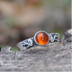 Daragh: Dubový prsten s jantarem Ag 925/1000